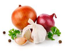 Conheça alguns temperos que podem substituir o sal na sua comida
