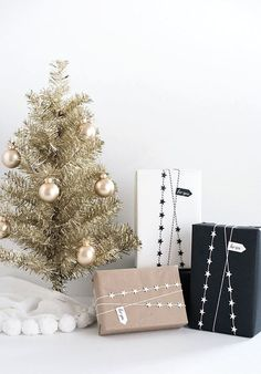 modern country christmas decor | Christmas gift wrap ideas | Bubblesoda Tumblr
