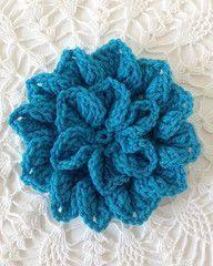 Maggie's Crochet: Hydrangea - free crochet pattern plus LEFT AND RIGHT HANDED VIDEOS by Carol Ballard