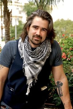 Pin for Later: FBF: 15 Hot Celebrity Guys Who Make the Man Bob Cool Colin Farrell Something about Colin's tattoo, scarf, and bob combination makes us want to bite our lip . Or his lip, if he's offering. Colin Farrell, Martin Mcdonagh, Gorgeous Men, Beautiful People, Beautiful Boys, Erika Linder, Z Cam, Adrienne Bailon, Jonathan Rhys Meyers