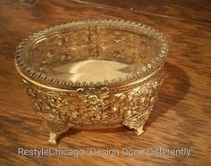Vintage jewelry box! #restylechicago #restylechicago #resale #resaleshop https://www.instagram.com/p/BP3jJsIhLao/
