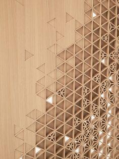 Sette prototipi, proposte di alterazioni che sfidano la nostra percezione dell'oggetto porta e della sua comune funzione.
