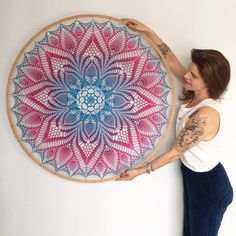 Meu Mundo Craft: On the wave of mandalas Motif Mandala Crochet, Crochet Dreamcatcher Pattern, Crochet Doilies, Crochet Home, Love Crochet, Diy Crochet, Thread Crochet, Crochet Stitches, Dream Catcher Mandala