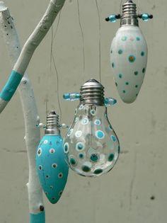 Winterdeko, Weihnachtsdeko, Upcycling, Anhänger, Perlen, Glühbirnen, christmas deco, bead, pendant, light bulb, Freie Anleitung, Free Tutorial, DIY