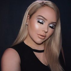 """WEBSTA @ nikkietutorials - silver lining 🖤 NEW video up on my channel ➡️ link in bio! I'm wearing:___Foundation: @esteelauder Double Wear """"1N1"""" ⁺ @lancomeofficial Teint Idole 24H MakeupBrows: @benefitcosmetics Precisely, My Brow ⁺ KaBrow!Glow: @ofracosmetics x NikkieTutorials """"Everglow""""Blush: @kyliecosmetics """"Barely Legal"""" BlushEyes: @inglot_usa Eyeshadows 390, 360"""