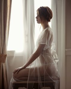 "marie claire turkey february 2011 ""age of innocence"" model: sanne nijhof, photographer: cihan alpgiray, stylist: duygu hamdioglu"