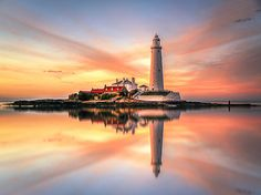 St Mary's Lighthouse by Teresa Mazur on 500px