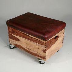 Sprungkasten mit Stauraum und Leder in Vintage Stil bei Fabrikschick.de - vintage gym box leather