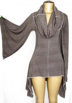 This is apparently a dress for the 18-something crowd.  For the 40-something crowd, it's a wicked cool  kimono top.