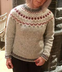 Men Sweater, Pullover, Sweaters, Fashion, Moda, Fashion Styles, Sweater, Sweater, Fashion Illustrations