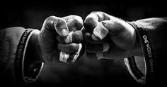 Body Workout - In terms of Functional Fitness training, it really doesn't get much better than Brazilian Jiu-Jitsu. BJJ works almost every single muscle Jiu Jitsu Gracie, Jiu Jitsu Techniques, Fist Pump, Ju Jitsu, Brazilian Jiu Jitsu, Judo, Karate, Martial Arts, Train