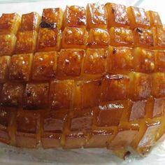 Sörben sült bőrös karaj Recept képpel - Mindmegette.hu - Receptek Waffles, Breakfast, Food, Pigs, Meat, Morning Coffee, Waffle, Meals, Yemek
