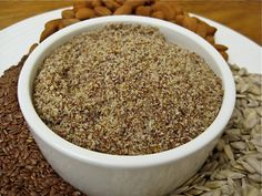 Home Made LSA - Raw Nut and Seed Mix - Looking for LSA recipes? This quick easy homemade blend is just raw almonds, linseeds and sunflower seeds. Just grind in your food processor. Healthy Blender Recipes, Raw Food Recipes, Snack Recipes, Healthy Food, Healthy Eating, Jelly Recipes, Gf Recipes, Canning Recipes, Healthy Desserts