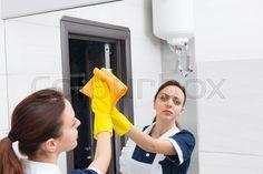 Afbeeldingsresultaat voor pics of people wearing rubber gloves