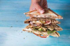 Den guten alten Sandwich-Maker aus den 90ern hat jeder im Schrank. Hier kommen 4 heiß begehrte Sandwick-Rezepte für den Sandwich-Maker, die jeder will!