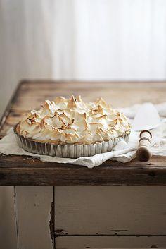 Lemon meringue pie by Call me cupcake