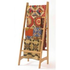quilt ladder - have to get my hubby to make me one of these!