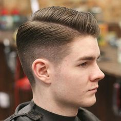 The men's side part haircut is one of the most elegant and classic hairstyles in history. Cool Mens Haircuts, Stylish Haircuts, Cool Hairstyles For Men, Classic Hairstyles, Popular Haircuts, Straight Hairstyles, Combover Hairstyles, Side Part Hairstyles, Boy Hairstyles