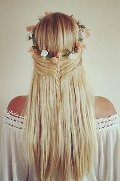 Mermaid style half up / half down hairstyle with floral crown and mini braid #hair