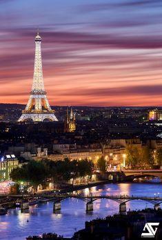 Paris au coucher du soleil