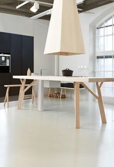 Finnish Loft Dinning Source by Lofts, Wood Furniture, Furniture Design, Kitchen And Bath Design, Beautiful Interior Design, House Inside, Lounge, Villa, Kitchen Interior