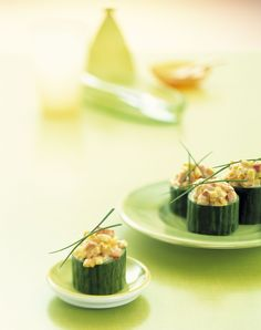 Healthy snack: mini cucumber stuffed with ham and egg Healthy Breakfast Recipes, Healthy Snacks, Healthy Eating, Healthy Recipes, Finger Food Appetizers, Appetizer Recipes, Dessert Original, Snacks Für Party, Food Humor