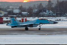 Noticia Final: Testes com modernos caças MiG-35 russos vão começa...