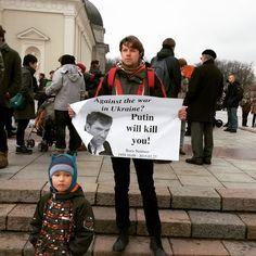 RIP Boris Nemtsov (Russian political opponent of Putin) Commemoration in Vilnius, Cathedral Square.jpg (960×960)