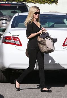 Reese Witherspoon. Love her picture Reese Witherspoon.
