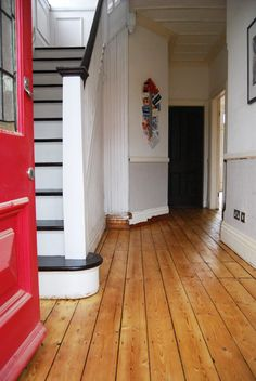 I LOVE this floor! Complete DIY guide to sanding wooden floorboards yourself. Including practical time saving tips and cost breakdown. Painted Wooden Floors, Painted Floorboards, Old Wood Floors, Pine Floors, Timber Flooring, Hallway Flooring, Kitchen Flooring, 1930s Hallway, Sand Floor