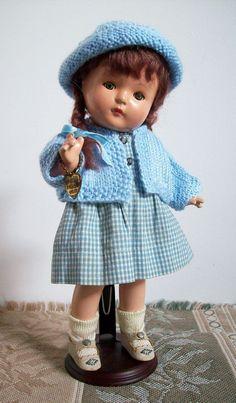 Patricia kin by Effanbee, original clothes & wig