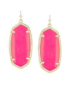 Kendra Scott's Elle earrings are the perfect size (pinning all the colors I know I want, lol)
