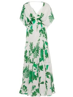 This **Johanna Ortiz** dress features a plunging neckline and a slight a-line silhouette. Apple Body Shape Outfits, Boho Chic, Dresses Kids Girl, Embellished Dress, Dress Brands, African Fashion, Casual Dresses, Maxi Dresses, Wrap Dress