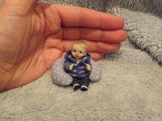 Miniature handmade MINI BABY BOY SCULPT ooak DOLLHOUSE JOINTED DOLLS HOUSE