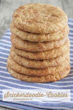 Snickerdoodle-Cookies - Amerikanische Snickerdoodles - Leckere, schnell und leicht gebackene Plätzchen mit Zimt und Zucker - www.schninskitchen.de