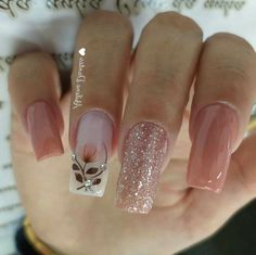 43 Unique Spring And Summer Nails Color Ideas That You Must Try 96 Elegant Nails, Stylish Nails, Fabulous Nails, Perfect Nails, Floral Nail Art, Pretty Nail Art, Cute Acrylic Nails, Nagel Gel, Nail Decorations