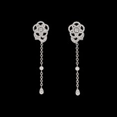 CHANEL - Camélia Earrings in 18K white gold and diamonds - J3603