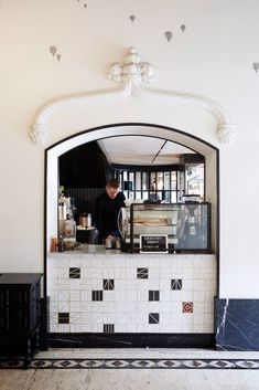 black and white coffee stand inside the ace hotel downtown los angeles. Ace Hotel, Cafe Bar, Cafe Restaurant, Restaurant Design, Cafe Design, Interior Design, Cafe Interior, Architecture Design, Black And White Coffee