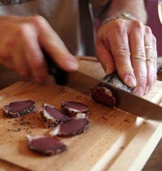 Photo de la recette : Filet mignon de porc séché au poivre