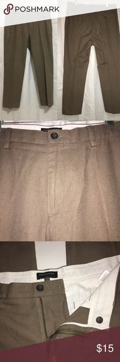 Banana Republic Mens Pants Size 35x30 Excellent use condition please see all the pictures Banana Republic Pants Dress