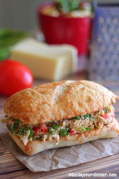 Tex-Mex Chicken Salad Sandwiches from Eat Cake for Dinner. Looks great YUM! Salad Sandwich, Soup And Sandwich, Sandwich Recipes, Chicken Sandwich, Pizza Recipes, Tex Mex Chicken, Shredded Chicken, Cold Sandwiches, Dinner Sandwiches