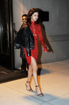 February 14: [More] Selena leaving her hotel in New York City, NY [HQs]