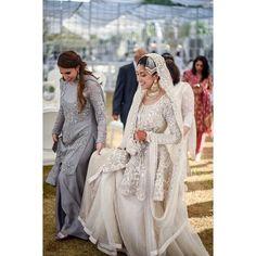"713 Likes, 5 Comments - OShoot Collective (@oshoot) on Instagram: ""Ruqaiya / Wedding Day  #oshoot #weddings #karachi #bride #pakistaniwedding #instalove…"""