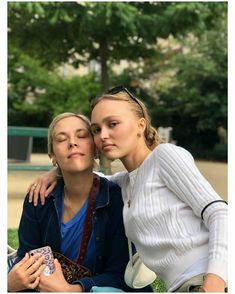 Lily Rose Depp Style, Lily Rose Melody Depp, France Love, Divine Feminine, Cool Girl, Beautiful People, Celebs, Couple Photos, Cute
