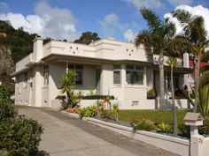 100 best Art Deco houses and gardens images on Pinterest   Art deco Roadside Designs Modern Houses Html on