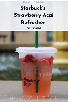 Starbuck's Strawberry Acai Refresher copycat The real deal Starbuck's strawberry acai refresher recipe. - The best diy Starbuck's strawberry acai refresher drink copycat recipe. Starbucks Tea, Healthy Starbucks Drinks, Secret Starbucks Drinks, Healthy Drink Recipes, Homemade Starbucks Recipes, Healthy Eats, Starbucks Pink Drink Recipe, Pink Drink Recipes, Summer Drink Recipes