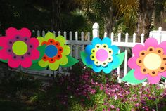Love the big bright colorful flowers, poster board would work great!
