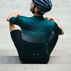 As a beginner mountain cyclist, it is quite natural for you to get a bit overloaded with all the mtb devices that you see in a bike shop or shop. There are numerous types of mountain bike accessori… Cycling Wear, Cycling Jerseys, Cycling Bikes, Cycling Outfit, Cycling Clothing, Mountain Bike Accessories, Cool Bike Accessories, Cycling Equipment, Mountain Biking