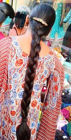 Indian Hairstyles, Girl Hairstyles, Braided Hairstyles, Beautiful Braids, Beautiful Long Hair, High Ponytail Tutorial, Medium Hair Styles, Short Hair Styles, Blonde Hair Black Girls