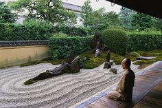 Zen Buddhist Practices | Buddhism in America - LOVE this meditation garden!!!